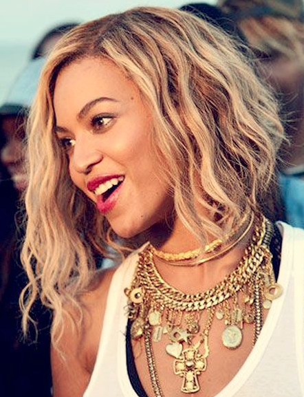 Let's talk about Beyoncé's blonde bob