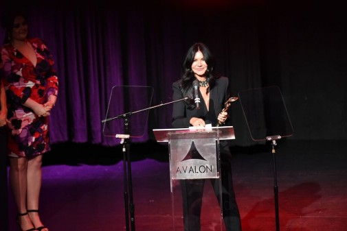 WENDY ILES WINS KATHRYN BLONDELL HOLLYWOOD BEAUTY AWARDS