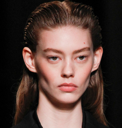 PFW BEST HAIR BY WENDY ILES - MIU MIU