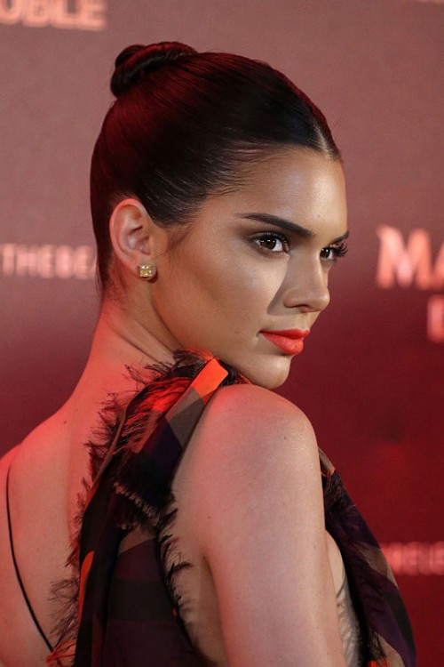 Magnum-Kendall-Jenner-WendyIles-hairblog-Cannes2016- Most-Popular-Hairstyles
