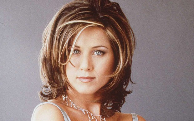 the-rachel-haircut-of-Jennifer-Aniston-iconic-hairstyle_IlesFormula_Wendy-Iles_hair_Iles-Formula_Iconic-hairstyles