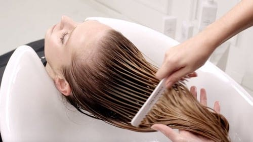 do-you-know-how-to-apply-your-professional-hair-conditioner