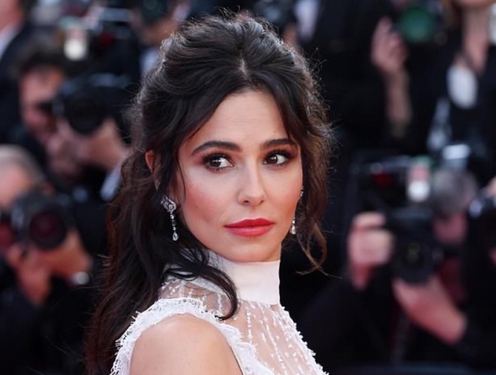 how-to-get-cheryl's-ethereal-hair-look-from-cannes-film-festival