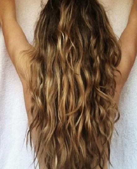 quick-naturally-curly-hairstyles-for-the-busy-woman