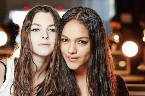 Mastering The Wet Hair Beach Waves Trend Like A Pro