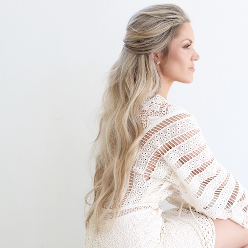 Iles Formula Hair Talk Featuring Amanda Diedrich Of Blohaute