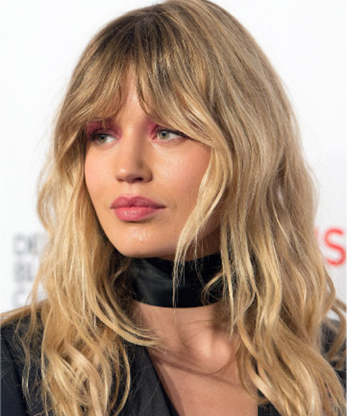 Curtain Bangs: This Seasons Hottest Fringe