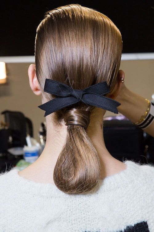 Runway Inspired Hairstyles For Your Holiday Parties
