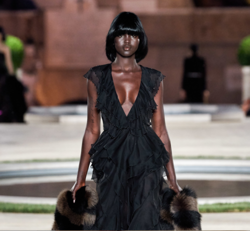 Fendi hair - The Best Hair of Paris Couture Fashion Week 2019 - black bowl cut - bob hair