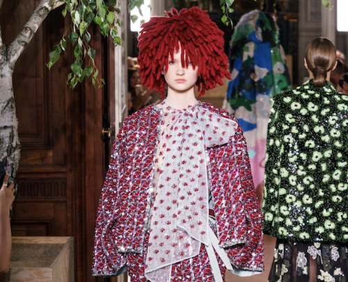 Valentino hair - The Best hair of Paris Couture Fashion Week 2019 - Bloody Red