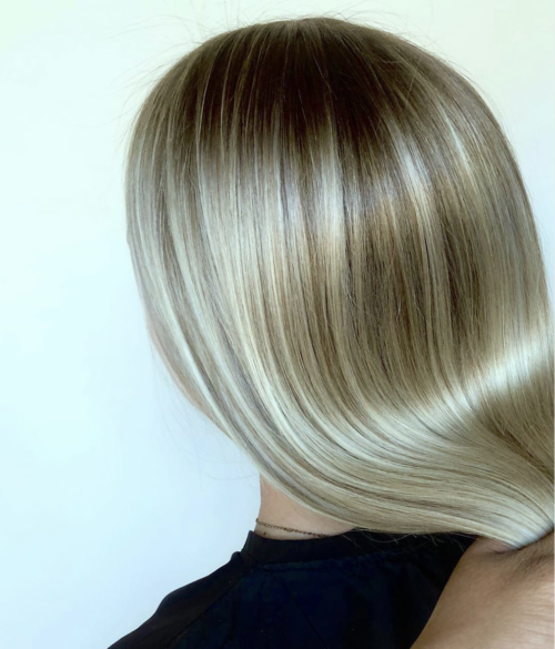 Iles Formula's Hair Ideas: 5 Spectacular 2020 Hair Color Trends for Everyone - 2020 hairstyle trend - Platinum Blonde Hair - silky hair - straight blonde hair