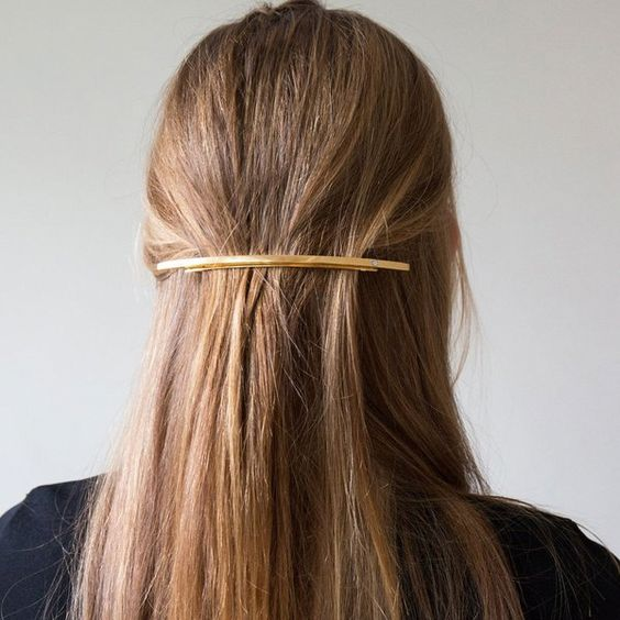 7 Easy Hostess Hairstyles For Your Thanksgiving Dinner   81c457266aaf8ccf374776c24c11a9bb