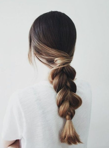 7 Easy Hostess Hairstyles For Your Thanksgiving Dinner   Screen Shot 2020 11 20 at 12.13.38 PM